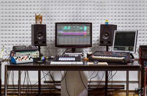 Ableton live work desk image