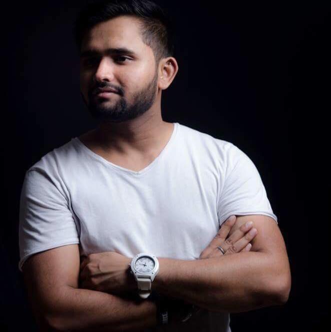 Vicky Tyagi   DJ Producer Student